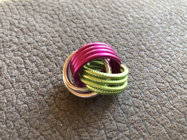 Magischer Knoten pink silber hellgrün gepr